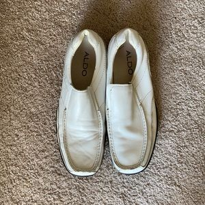 Aldo White Leather Shoe With Black Sole
